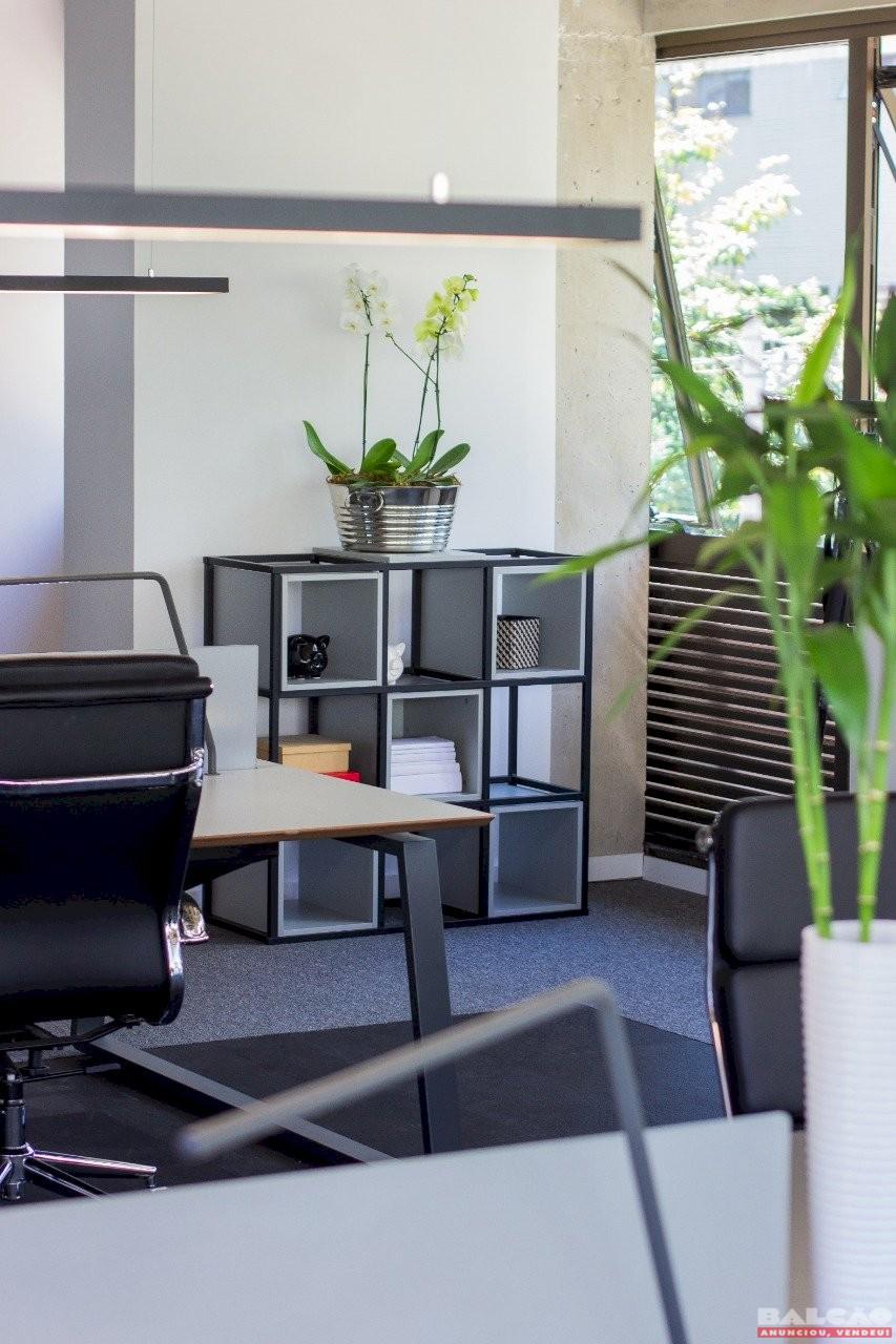 Construtora proporciona versatilidade e praticidade com ambientes decorados para imóveis comerciais