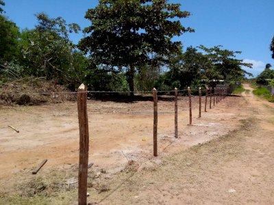 Vendo terreno 250 m² em Monte Gordo com pagamento facilitado
