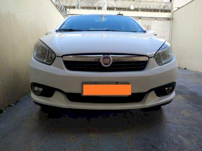 Fiat Grand Siena 1.6 Ano 2013/2104 Completo e em excelente estado