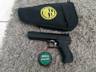 Pistola de chumbinho modelo alemã seminova