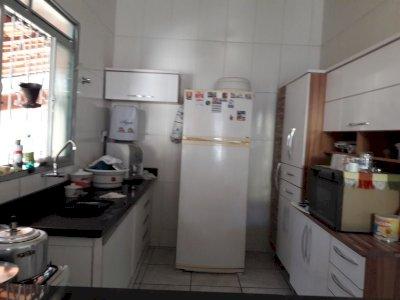Ótima Casa 3 quartos 2 wcs lote 330 m² no  Bairro Piratininga BHte MG ou estudo troca