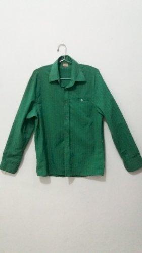 Camisa Zoomp verde tecido fino descolada