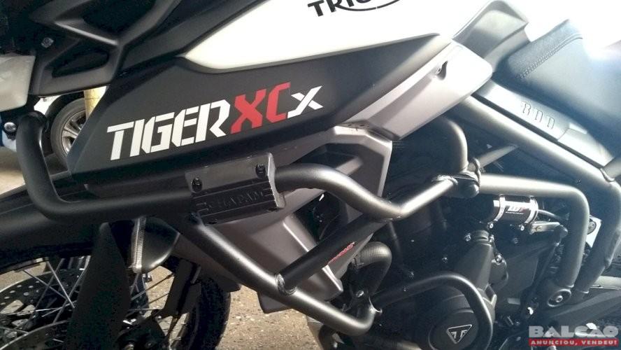 TRIUMPH TIGER 800 XCX ANO 2017/2017 ÚNICO DONO