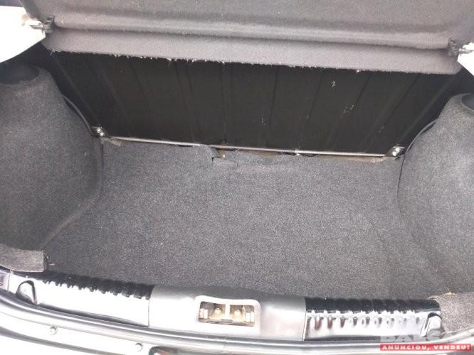VW Gol G6 1.0 Ano 2013/2014 único dono todo revisado em excelente estado