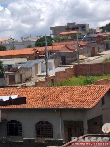 VENDO CASA 2 QUARTOS EM SÃO JOSÉ DA LAPA