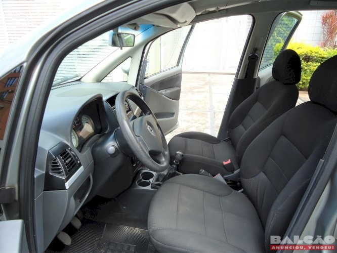Fiat Idea ELX 1.4 Ano 2007 Flex com baixa km
