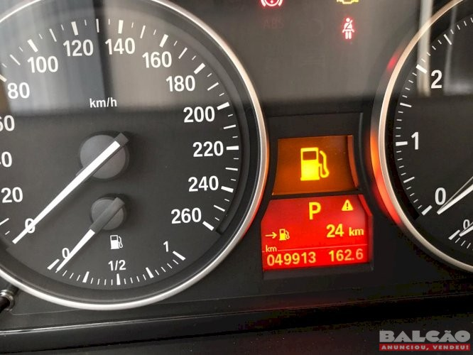 BMW X1 SDRIVE 20I ACTIVE ANO 2015 FLEX TB COMPLETA MUITO NOVA